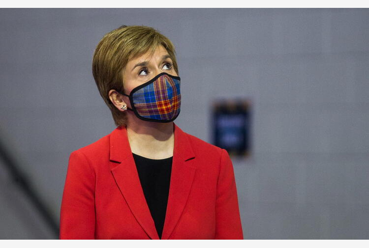 Europei: Scozia in ginocchio con inglesi, Sturgeon applaude