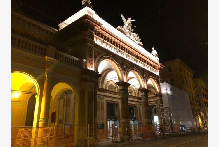 Restauri: rinnovata facciata dell'Arena del Sole di Bologna