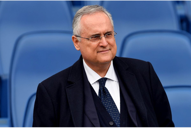 Calcio: trattative in corso per cessione Salernitana