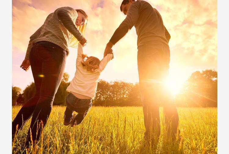 EY, sostegno ai dipendenti per dedicarsi alla cura dei figli