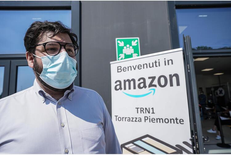 Amazon prepara il rientro al lavoro, tre giorni in ufficio