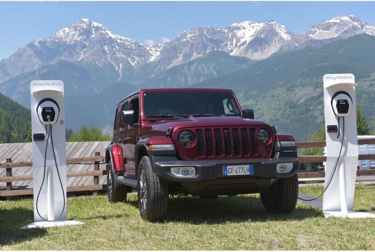 Jeep Wrangler 4xe con Free2Move eSolutions