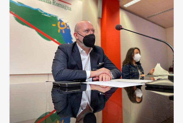 """Bonaccini: """"Preoccupa la situazione in Gran Bretagna, ma in Emilia-Romagna pochi casi di variante Delta"""""""