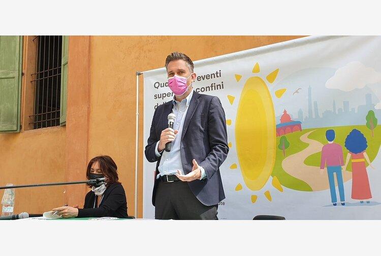 A Bologna le primarie incoronano Matteo Lepore