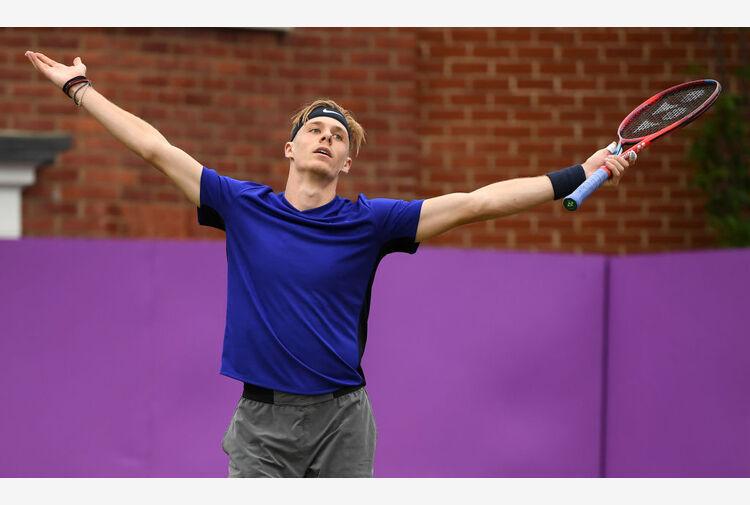 Shapovalov salta i Giochi, Wawrinka si opera ancora
