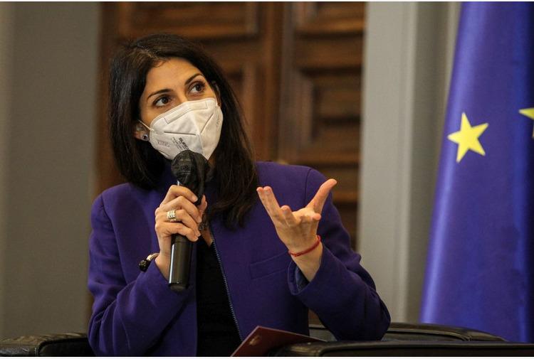 Roma, Raggi 'Già erogati sostegni microcredito a 45 famiglie'