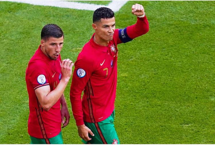 Doppiette Ronaldo e Benzema, Francia e Portogallo agli ottavi