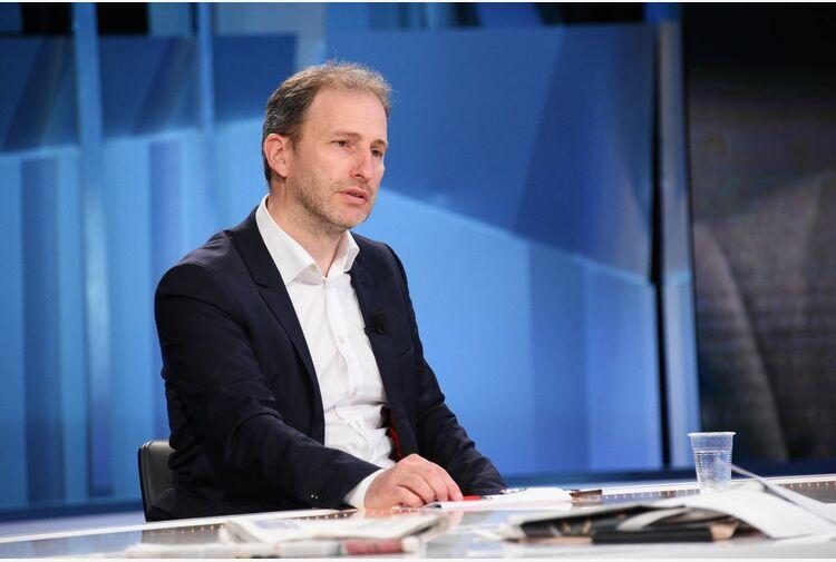 M5S, Casaleggio: Conte segue partiti del '900, sue idee non chiare