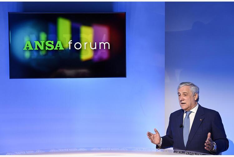 Lavoro:Tajani incontra Cgil-Cisl-Uil, confronto fondamentale
