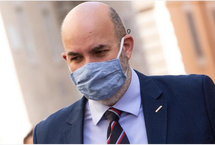 M5S, Crimi dice no a Grillo su Rousseau: 'Non so se resto'