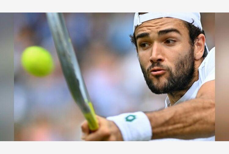 Wimbledon,Berrettini strappa a Djokovic il primo set della finale