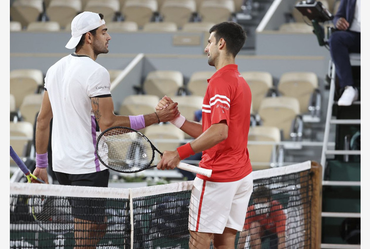 Djokovic trionfa a Wimbledon, Berrettini KO in 4 set