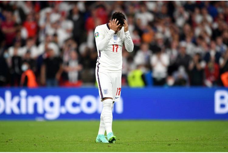 Euro2020: Boris Johnson condanna insulti razzisti ai giocatori inglesi