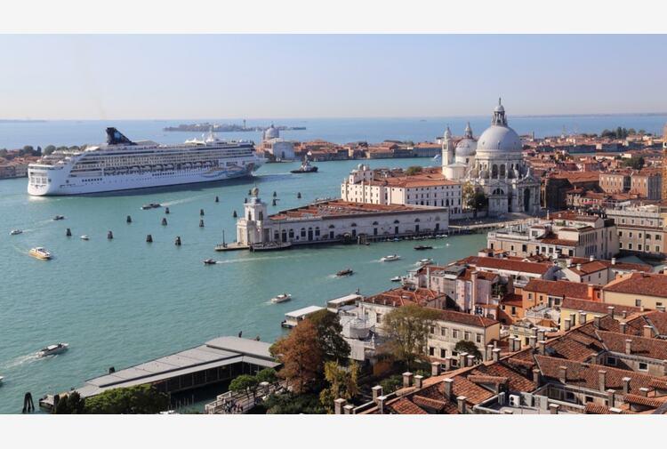 Laguna free: stop alle grandi navi a Venezia. Il governo dà il via libera al decreto