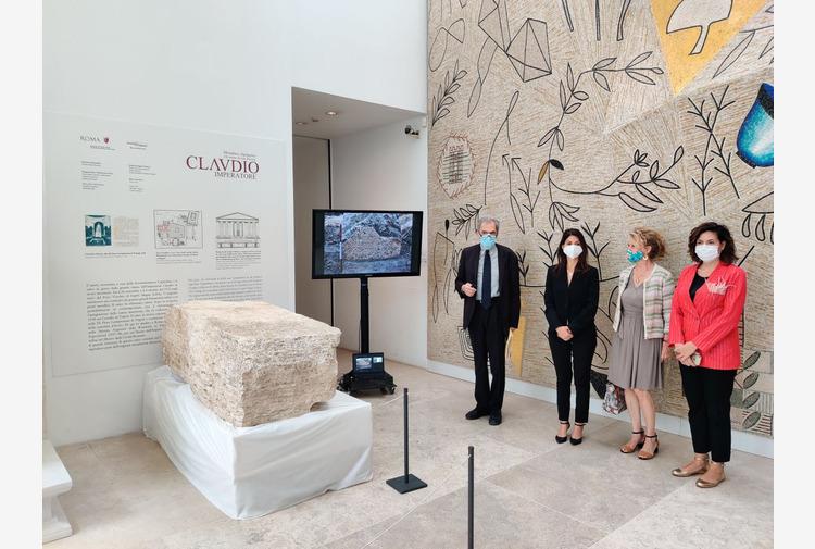 Ritrovato cippo Epoca Claudia, Raggi 'Conoscere meglio nostre origini'