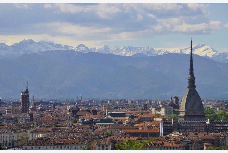 Comunali Torino, sondaggio Swg: Damilano avanti, ma al ballottaggio vince il dem Lo Russo
