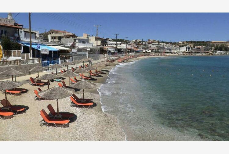 Grecia, coprifuoco anti Covid a Mykonos, l'isola delle feste