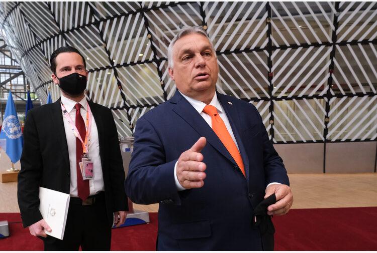 Caso Pegasus, Orbán al centro dello scandalo sul software israeliano per spiare attivisti e giornalisti indipendenti