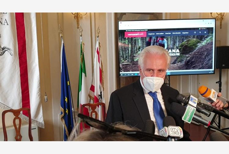 """Giani è favorevole al green pass e si appella ai toscani: """"Vaccinatevi"""""""