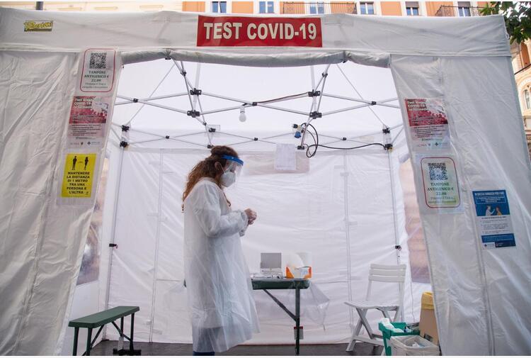 Covid oggi Italia, 4.259 contagi e 21 morti: bollettino 21 luglio