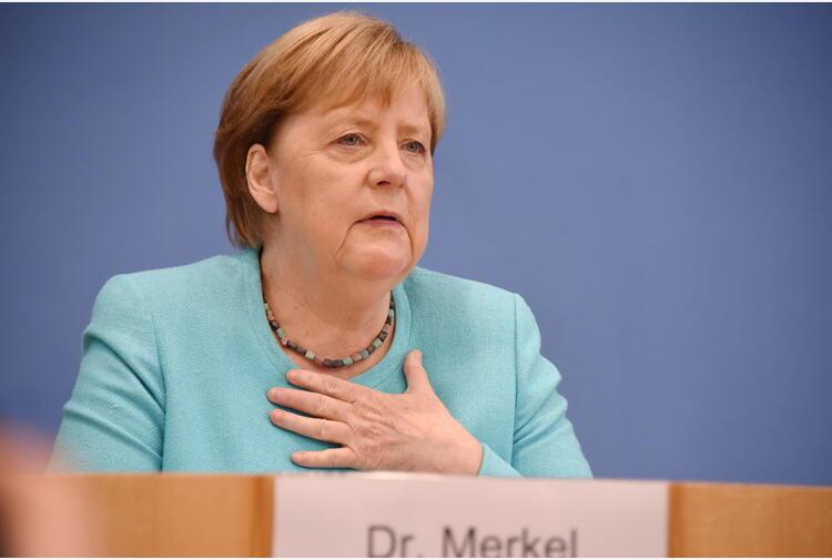 Merkel ammette, non abbiamo fatto abbastanza per il clima