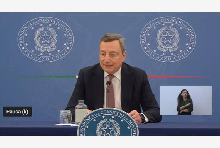 Draghi, discuteremo con sindacati del green pass al lavoro