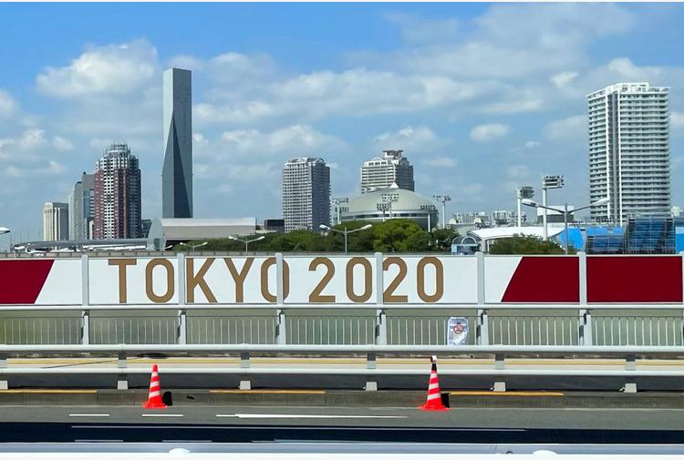 Battuta infelice sull'Olocausto fatta 23 anni fa: licenziato il direttore della cerimonia di Tokyo 2020