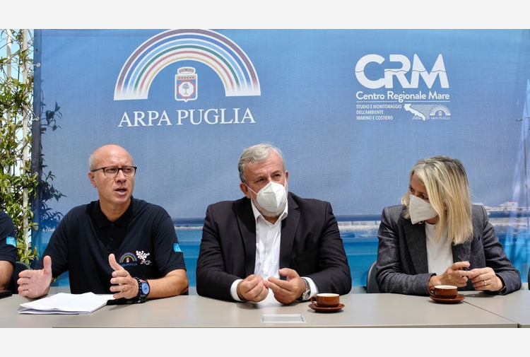 Emiliano 'In Puglia abbiamo il mare più pulito d'Italia'