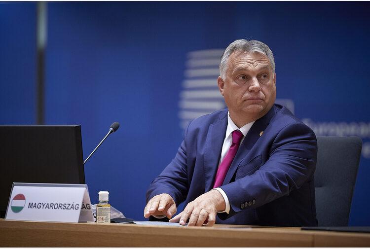 Ungheria, Orbán fa muro all'UE e convoca referendum su legge anti-LGBT+. Fake news sulla consultazione del 2016