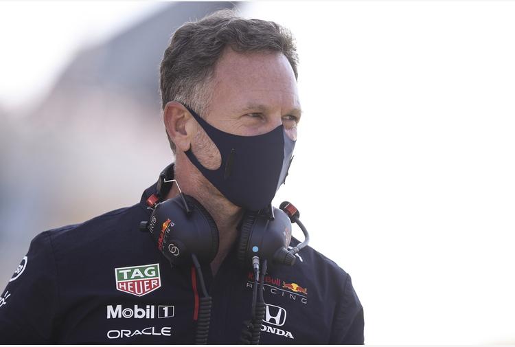 F1: Horner contro Hamilton, l'incidente costa 1,5 mln a Red Bull