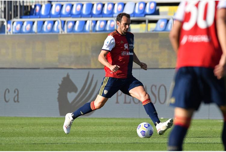 Calcio: Cagliari, il Besiktas è interessato a Godin