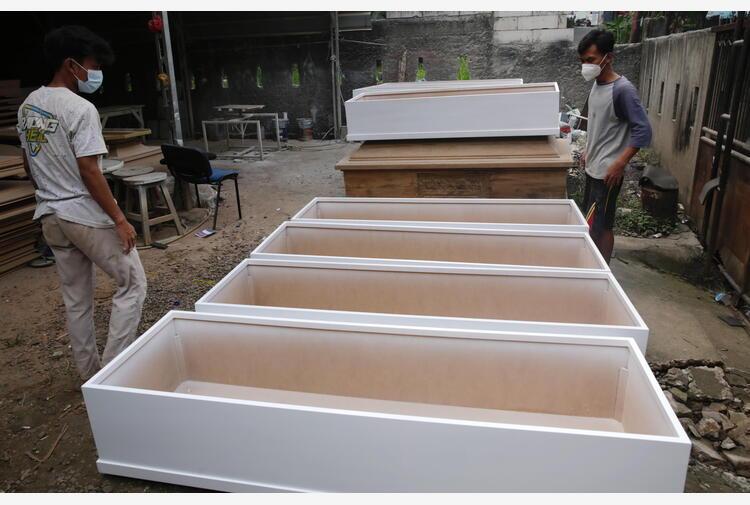 Covid: 'in Indonesia muoiono oltre 100 bambini a settimana'