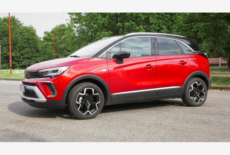 Spazio e versatilita' per Crossland, il SUV di Opel