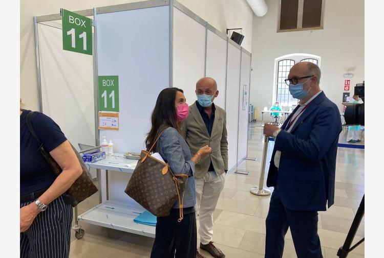 Riccardi 'hub vaccinali testimoniano efficacia sanità FVG'