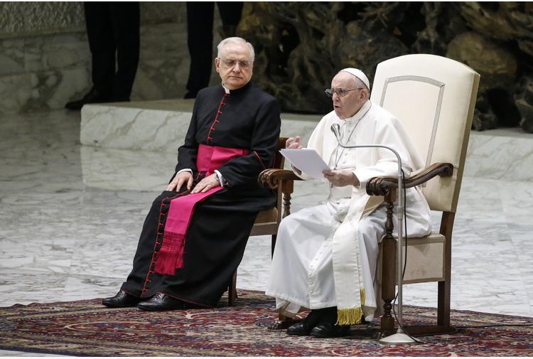 Libano: Papa alla comunità internazionale, 'gesti concreti'