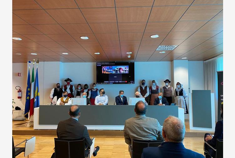 FVG, Gibelli 'Festival internazionali folclore valorizzano radici'