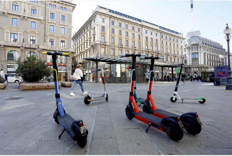 Milano: De Corato, 596 incidenti monopattino da giugno 2020