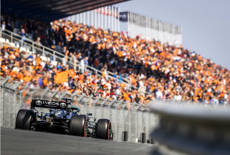 F1:Olanda; Verstappen in pole, quinta la Ferrari di Leclerc