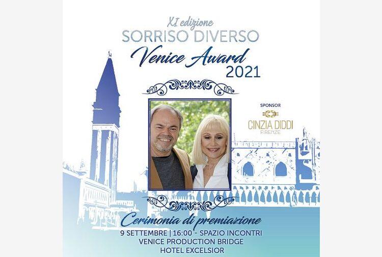 Venezia, a Raffaella Carrà il Premio Sorriso Diverso alla carriera
