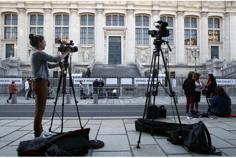 Al via processo 13/11 a Parigi, Abdeslam in tribunale