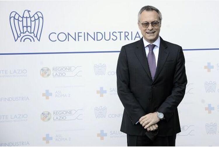 Bonomi: preoccupa escalation commodity, a rischio slancio ripresa