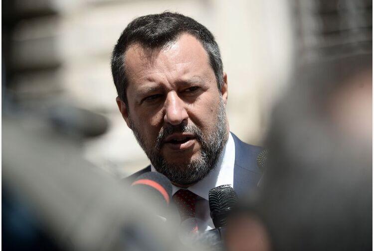 Governo, Salvini: Letta e Conte ci vogliono fuori ma noi lì stiamo