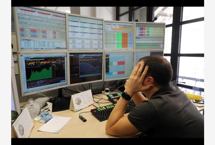 Borsa: Europa cauta in attesa inflazione Usa, Milano +0,3%