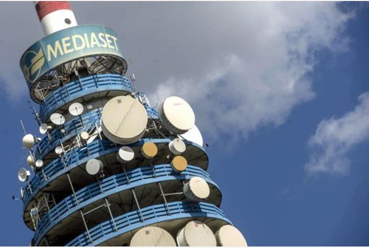 Mediaset torna in utile nel primo semestre a 226,7 milioni euro