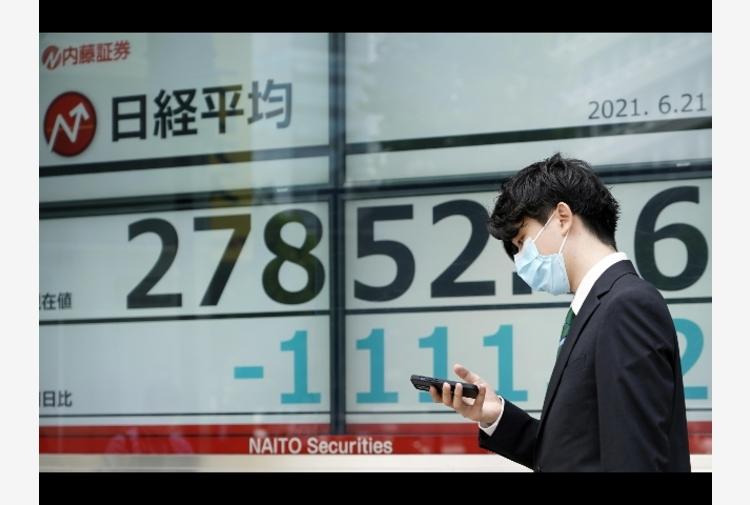 Borsa: a Tokyo apertura in ribasso (-0,65%)