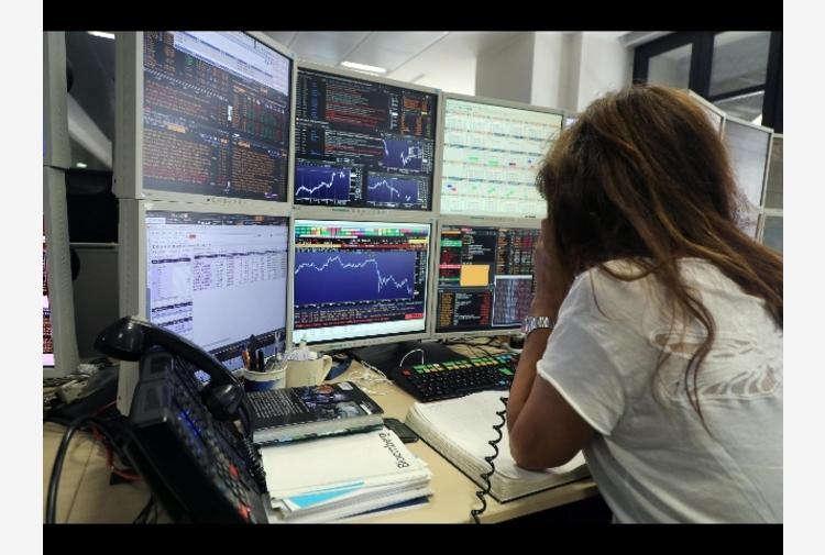 Borsa: Europa apre debole, Francoforte -0,03%