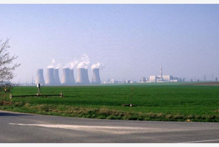 Centrale nucleare in Lombardia? Salvini-Fontana aprono, no Pd-Verdi-M5s