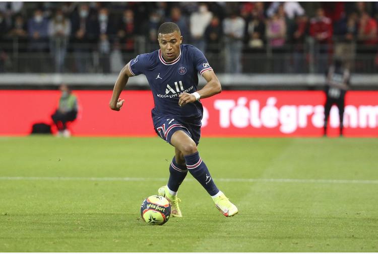 Calcio: Psg. Il ko di Mbappé, Messi e Donnarumma spine per Pochettino
