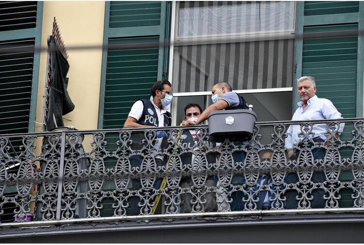 Bimbo caduto dal balcone e morto a Napoli: arrestato il domestico. 'Ho problemi psichici'