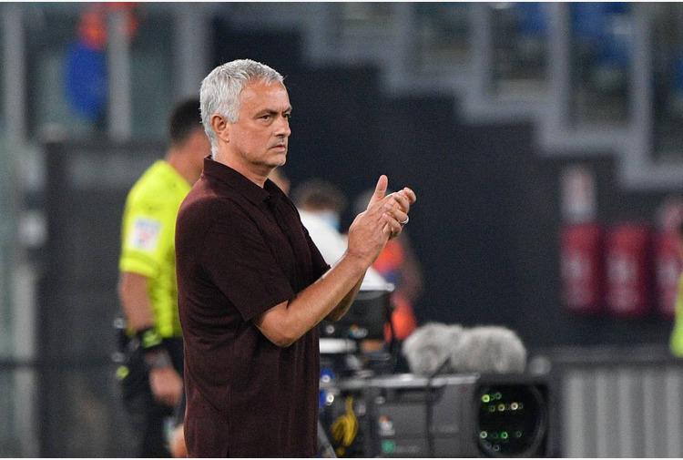 Calcio: Mourinho mette in guardia Roma'Verona meritava di più,farà bene'